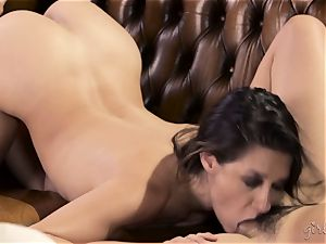 Shyla Jennings and Penny Pax g/g threesome