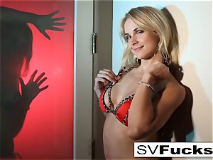 blonde milf Sarah works her moist vulva with a toy