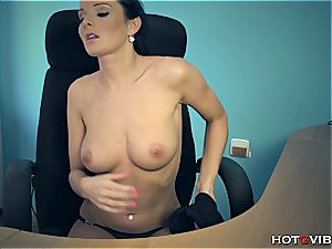 beauty at the office masturbates her rosy twat to an climax