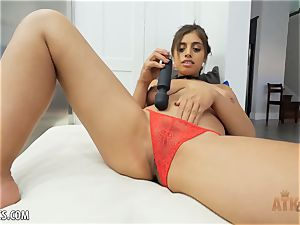 Exotic Ella Knox is smoking super-hot frolicking with her fucktoy