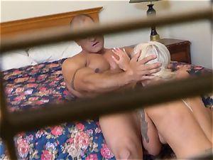 naughty Nina Elle bangs her dude at the hotel