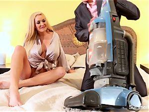blonde housewife Summer bangs killer salesman Lily