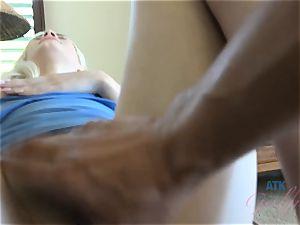 Elsa jean's perfect vulva gets a flawless creampie