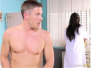 huge boobed medic Romi Rain gets her palms on her insatiable patient