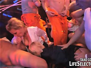 The Swinger party resumes in Tokyo
