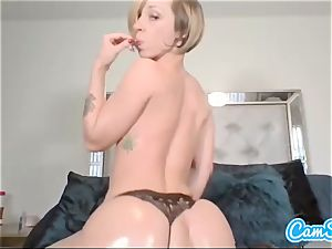 Buttplugged stunner fingers