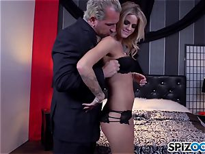 Jessa Rhodes yummy cock-squeezing honeypot is fucked by a gigantic sausage