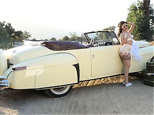 Lana Rhoades antique car vagina play
