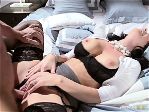 super-sexy wife Jayden Jaymes pounded by her sizzling spouse