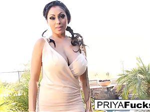 Backyard solo with Indian adult movie star Priya Rai