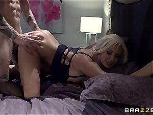 huge-boobed towheaded Summer Brielle plumbs her student