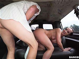 Jada Stevens screwed on the Bangbus