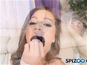 Solo masturbation with mischievous Abigail Mac